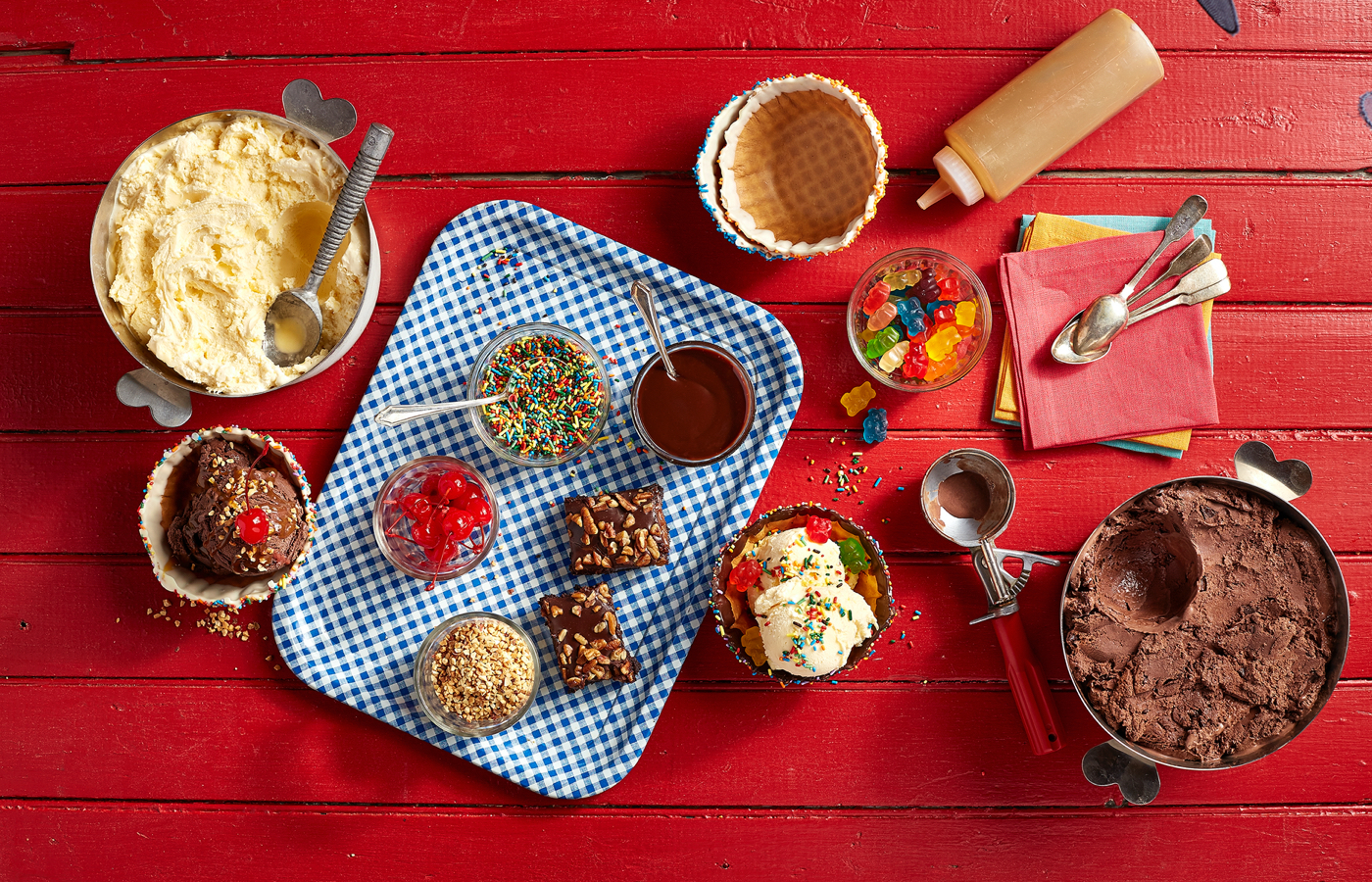Dessert spread created by innovative Chicago catering company, Catering by Michaels